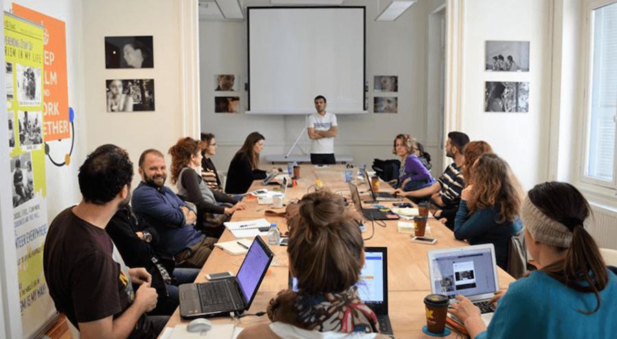 Το higgs3.org προσφέρει χώρο για εκπαίδευση με και σεμινάρια για όλες της Ελληνικές ΜΚΟ  | YouBeHero