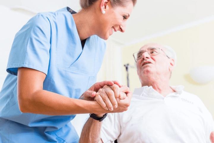 To nosilia.org.gr παρέχει δωρεάν, κατ' οίκον νοσηλεία, ανακουφιστική φροντίδα ψυχοκοινωνική στήριξη σε ασθενείς χρόνιων και σοβαρών παθήσεων | YouBeHero