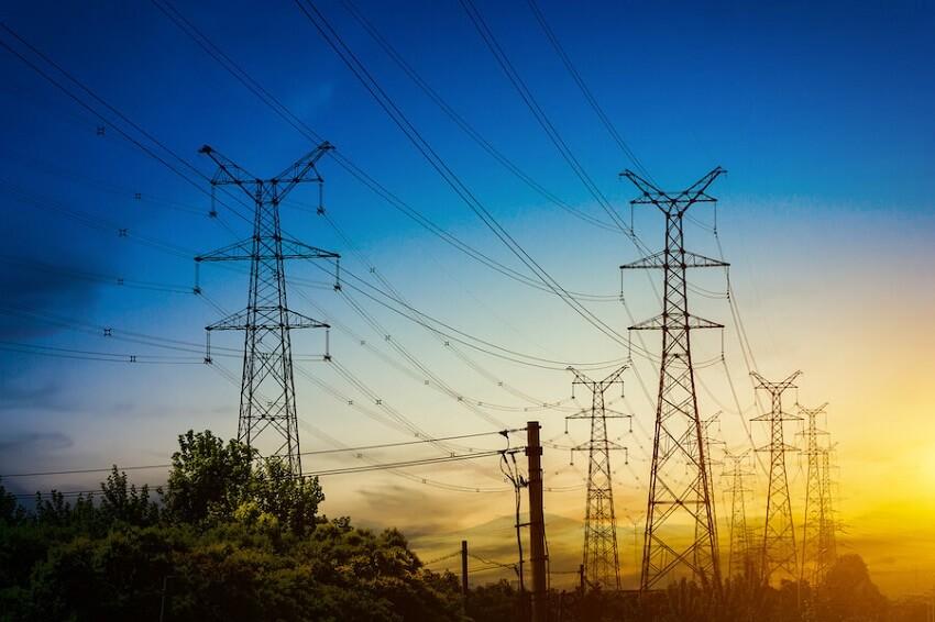 Στο Energy-market.gr μπορείς να αλλάξεις πάροχο ηλεκτρικής ενέργειας απο και σε διάφορες εταιρίες όπως ΔΗΕ, energy, petrogas energy, protergia, voltera, volton, watt and volt, zenith, φυσικό αέριο, efa energy | YouBeHero