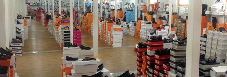 Στο myshoe θα βρείς τεράστια ποικιλία απο αθλητικά παπούτσια, πέδιλα, μποτάκια, παντα σε μεγάλες προσφορές | YouBeHero