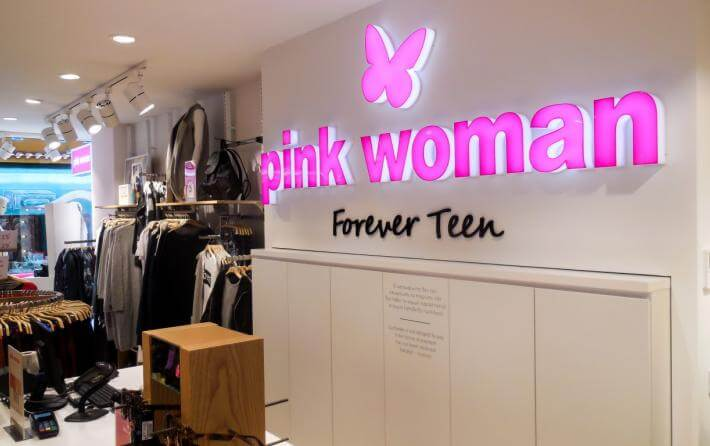 Pink Woman, Forever Teen με outlet προσφορές που ξεπερνούν το 70%