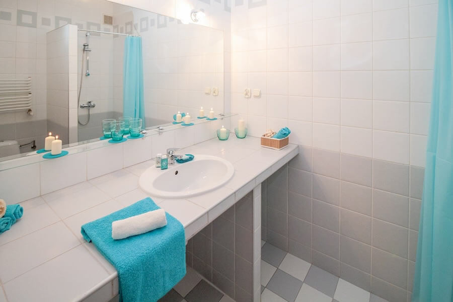 Στο spitistalefka.gr θα βρεις αξεσουάρ μπάνιου, καλάθι άπλυτων, πετσέτες, μπουρνούζια, κουρτίνες μπάνιου και πατάκια  | YouBeHero