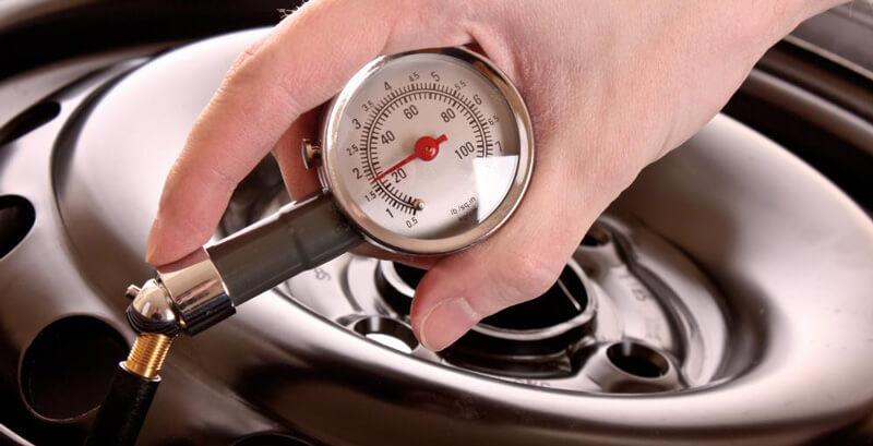 Στην spotmechanic.gr γίνεται test drive και γενικός έλεγχος για φθορές, διαρροές και πάχος βαφής | YouBeHero