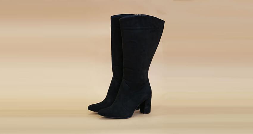Μαύρη σουέντ μπότα με 8cm τακούνι για φαρδιά γάμπα